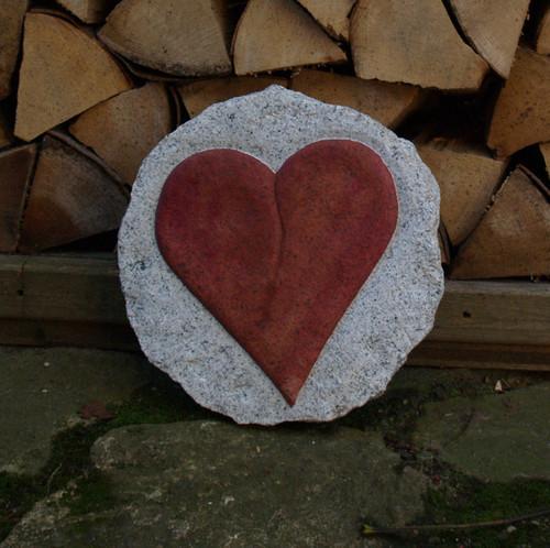 Herz aus Granit